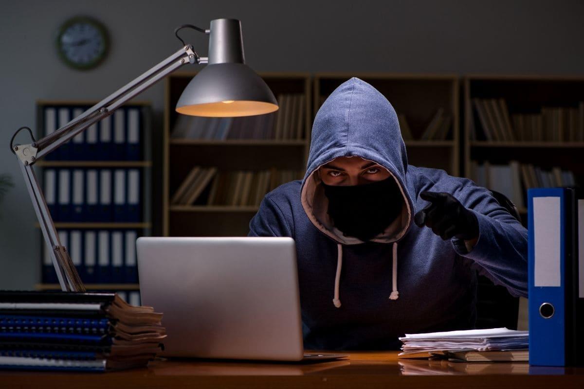 詐欺前提の業者を選んでしまうリスク