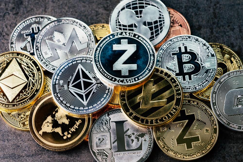 ビットコイン以外の仮想通貨にも投資する事が可能